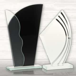 pokale und medaillen online kaufen bei helm pokale ihrem pokalshop in deutschland. Black Bedroom Furniture Sets. Home Design Ideas